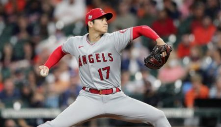 【大谷翔平】メジャーリーグの謎の日本語実況が話題 「どこかに行って歯を磨く」